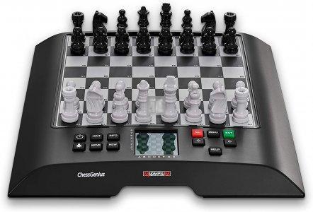 ChessGenius - Scacchiera elettronica