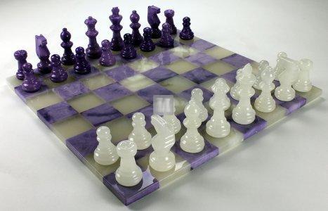 Alabaster chess set white/purple
