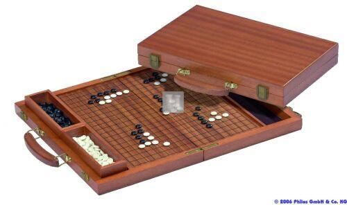 GO valigetta in legno di mogano