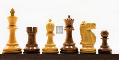 Reykjavik Acacia/Boxwood chess pieces 4''