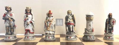 Saracens vs. Crusaders - chesspieces