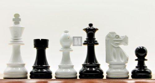 Staunton standard boxwood set Black & White - Re mm 95
