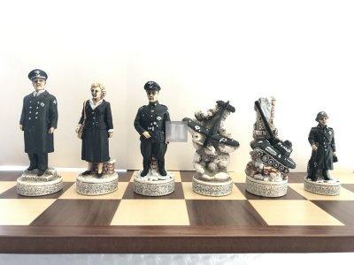 Chesspieces World War