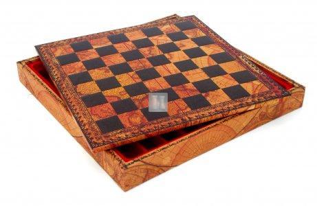 Leatherlike chessboard/box cm 45x45, world map