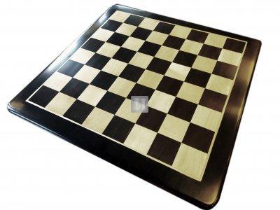 Scacchiera da torneo in legno intarsiato di bosso ed ebano, angoli arrotondati 58x58cm.