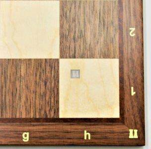 36 x 36 Scacchiera in noce e acero. Con lettere e numeri, casella 40mm. - 741NBA