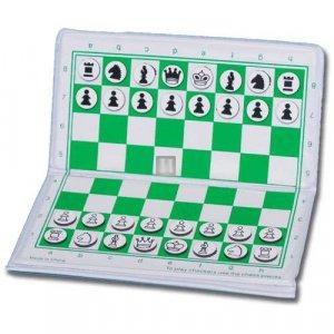 Magnetic Wallet Chess Set