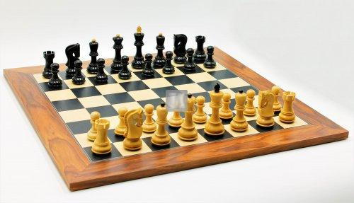 Chess Set: Wallis