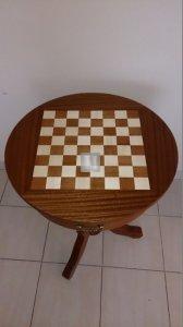Tavolino scacchistico in legno